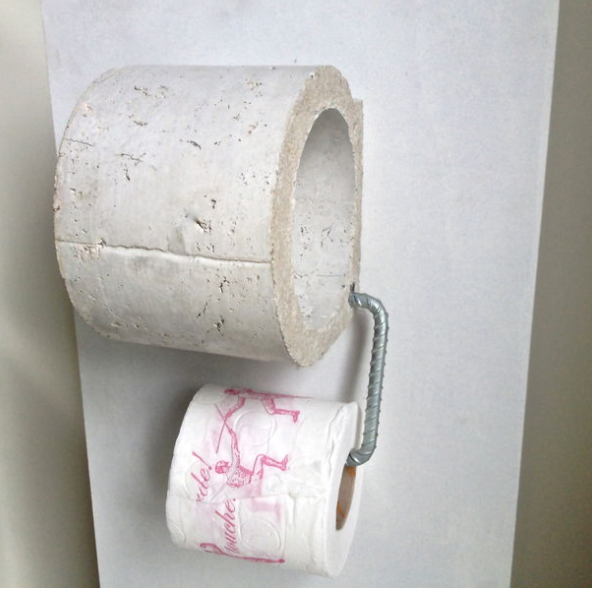 Concrete Tissue Holder