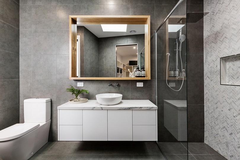 Modern grey designer bathroom_Jodie Johnson_shutterstock